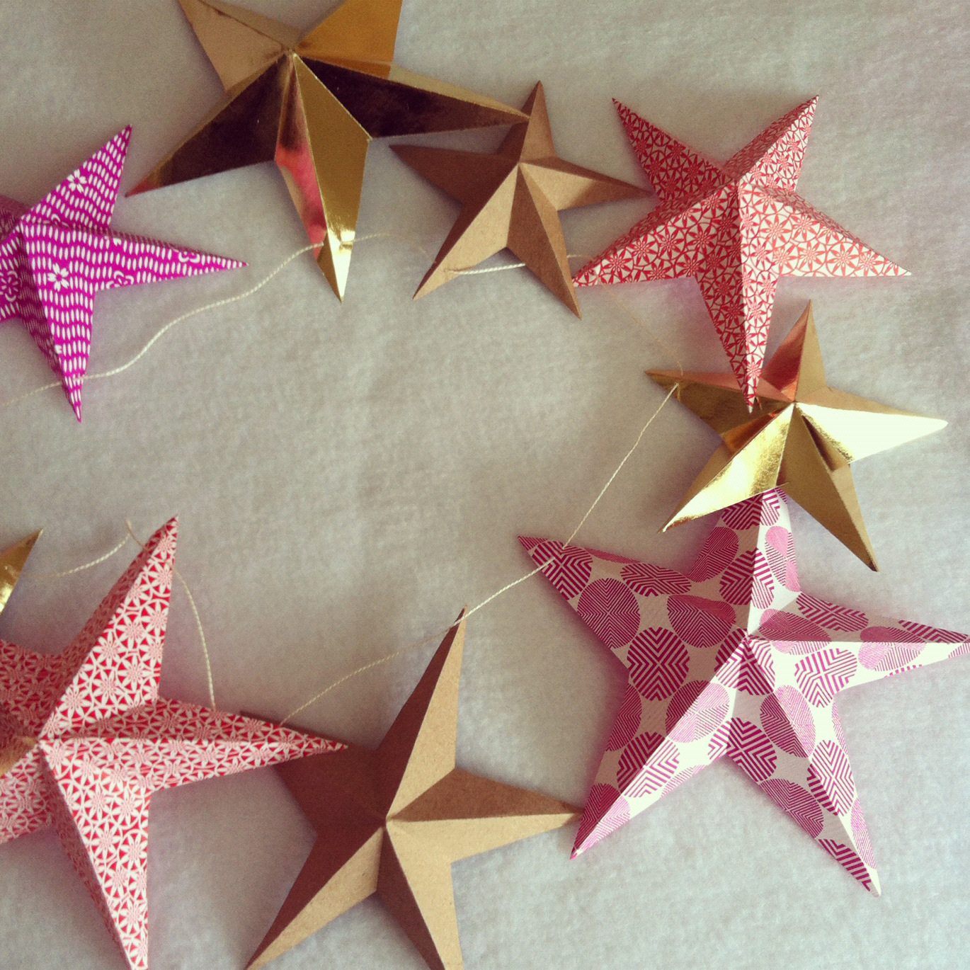 Make Paper Star Garland As Seen In Marie Claire Sewyeah