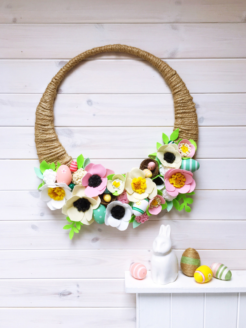 SEWYEAH VELCRO EASTER WREATH FINISHED