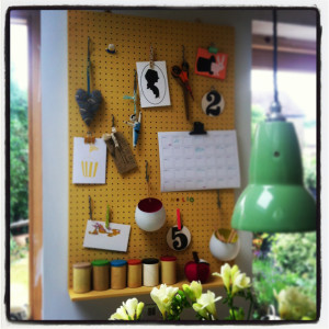 make: picture frame pegboard